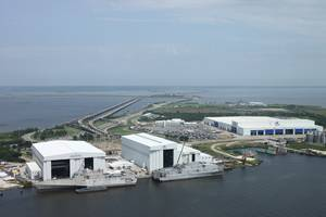 Austal USAs sprawling complex in Mobile, Alabama. JHSV 1 is the vessel on the right. (Photo: Austal)