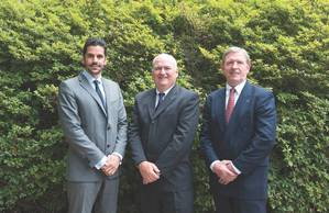 From left to right: Theo Xenakoudis, IRI Managing Director, Greece; Bill Gallagher, IRI President; and John Ramage, COO, IRI. (Phoo: IRI)