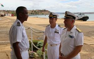 Rear Admiral Rando and Captain Virdis with Rear Admiral Herinirina Rakotoarison (Photo: EU NAVFOR)