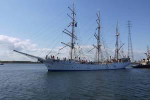 Tall Ship Christian Radich