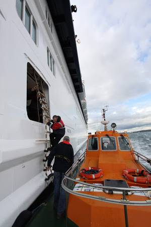 Cork Pilot disembarking  (Photo: Bureau Veritas)