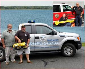 Fairhavens harbormaster and shellfish warden with ROV, Inset - Downe Twp with side scan sonar