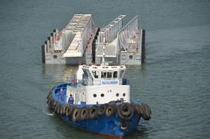 John Holland QCLNG ferry terminal web.jpg