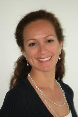 Justine Saunders EMU_web.jpg