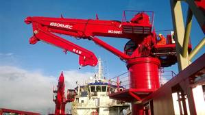 M350EL hydraulic elbow knuckle-boom marine crane on the Awaritse Nigeria Ltd vessel Prince Job I (Photo: Sormec)