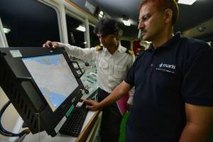 ECDIS Training: Photo credit MARIS