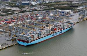 Maersk Edith alongside at DP World London Gateway (Photo: DP World)