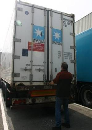 Deep-freeze ice core container: Photo courtesy of Maersk Line