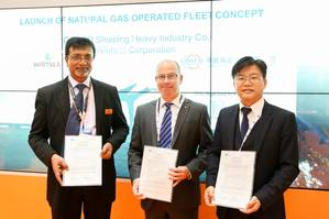 Sanjay Verma, Wärtsilä; Jim Smith, Lloyds Register; and Zhao Zhijian, CHI with the Natural Gas Operating Fleet concepts AiP Certification (Photo: Wärtsilä)