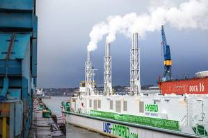 LNG Hybrid Barge during full load test trials at 7.5 megawatts (Photo: ©Becker Marine Systems)