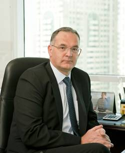 Patrick Chenel Thuraya CFO web.jpg