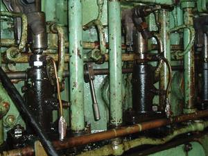 Machinery on a bulk carrier, keel laid 1980.