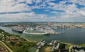 Port Everglades: Photo CCL
