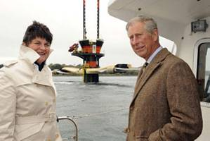 Seeing SeaGen close up - HRH Prince Charles with Mrs Arlene Foster, Northern Ireland's Minister of Enterprise, Trade & Investment. (Photo courtesy Marine Current Turbines)