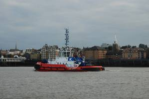 RT Champion on River Thames web.jpg