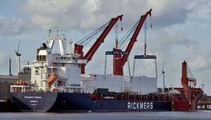 Rickmers-Linde-big-171213.jpg