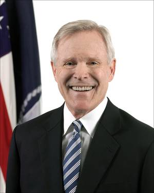 Ray Mabus (Photo: U.S. Navy)