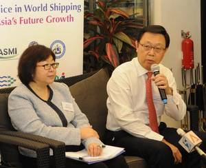 SHIPPING EXPERTS CALL FOR COLLABORATION AND CONSOLIDATION.JPG
