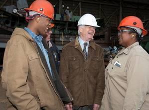 Senator Cochrans shipyard visit: Photo courtesy of HII