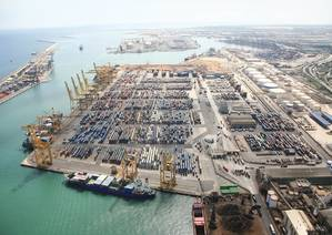 TCB Barcelona container terminal photo  APM Terminals