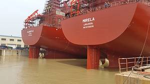 View of the Elsabeth C and Mirela tied up in port in China (Photo: MAN Diesel & Turbo)