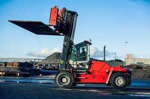 Vix Logistica S.A, Brazil, has ordered 18 heavy forklift trucks