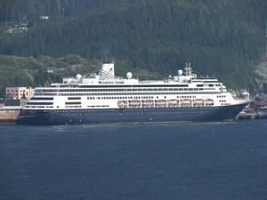 Cruise Ship Volendam: Photo credit Wiki CCL