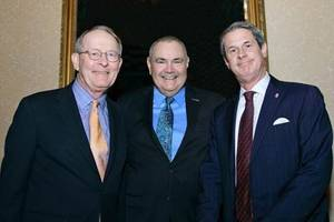 Senator Alexander (left) and Senator Vitter (right) stand with WCI President Mike Toohey (center) just before being presented with their awards. (Photo courtesy of WCI)