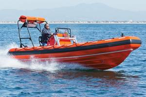 Willard Marines 670 SOLAS rescue boat (Photo courtesy of Willard Marine)