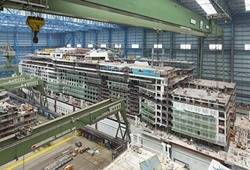 Cruise Ship Construction Meyer Werft: Credit MW