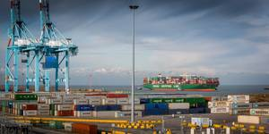 CSCL Globe calls the Port of Zeebrugge (Photo courtesy of the Port of Zeebrugge)