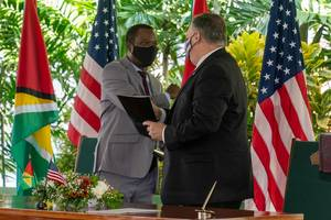 U.S. Secretary of State Mike Pompeo with Guyanese President Irfaan Ali (Photo: Secretary Pompeo / Twitter)