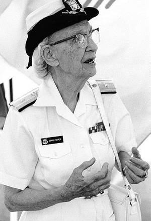 Grace Hopper (Official U.S. Navy Photograph, NHHC.)
