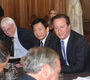 ICS Chairman Masamichi Morooka taking part in the shipping round table meeting at Downing Street with UK Prime Minister David Cameron. The meeting took place the day before the ICS Board Meeting in London during London International Shipping Week.