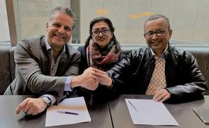 ChartWorld's Oliver Schwarz and MSL's Sumita and Shankar Roy are excited to start the collaboration and shape a new era for Maritime Serv (Photo: ChartWorld)