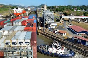 Panama Canal Miraflores Locks (Photo: ACP)