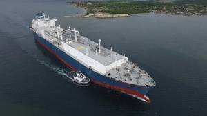The new 170,000 m3 LNG carrier vessels being built for Höegh LNG will feature the latest Wärtsilä regasification technology, Wärtsilä dual-fuel engines and a technical management agreement. (Photo: Wärtsilä)