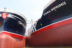 Stena Imperator with her sister Stena Imprimis side by side (Photo: Stena Bulk)