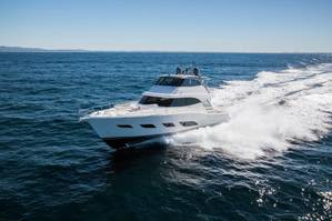 The strongest version of the twin engine system for the 68 Sports Motor Yacht produces 3,800 hp (2,794 kW). (© Riviera)