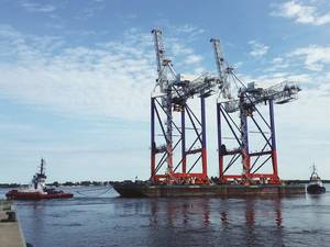 Liebherr STS cranes en route to Fenix Container Terminal, Port of Bronka, St Petersburg (Photo: Liebherr)