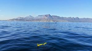 Slocum glider off Cape Town (Photo: BOM)