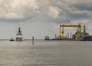 The National Security Cutter James (WMSL 754) sails away from Ingalls Shipbuilding. (Photo: Lance Davis/HII)