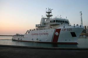 65 meter Offshore Supply Vessel with hybrid propulsion system for the Italian Coastguard. (Image credit Siemens AG)