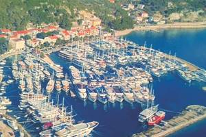 An aerial view of the village fleet rafted up at Krilo Jesenice (Photo courtesy Mladin family)