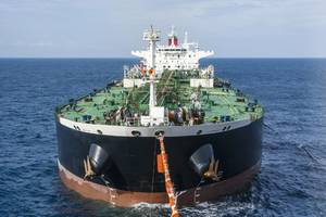 Asian oil suppliers face high tanker charter rates following new U.S. sanctions against Chinese oil transporter COSCO. (Photo © Adobe Stock / Vladimir)