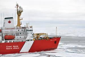 File photo: Canadian Coast Guard Ship Louis S. St-Laurent in the Arctic. (Photo: Patrick Kelley / U.S. Coast Guard)