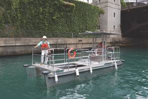 Omni Catamaran cleaning Chicago waterway (Photo: Elastec)