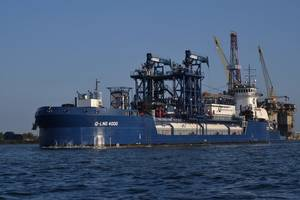Q-LNG 4000, the first offshore LNG bunkering ATB in the U.S. (Photo: Shell)