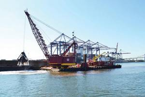 USACE photo: NY/NJ Harbor dredging action.