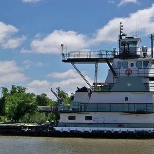 Crosby Tugs Chooses ABS Nautical Systems
